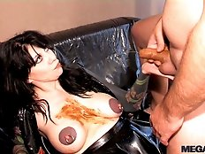 Scat sex with Veronica Moser in boots