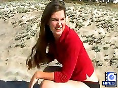Brunette cutey shits & pees at the beach